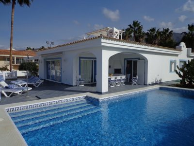 8 bedroom Villa for sale in Adeje