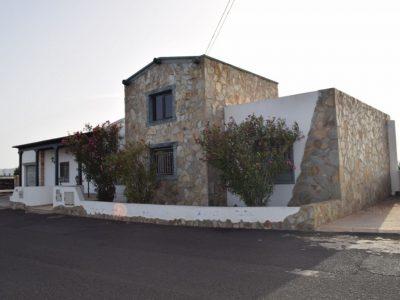 4 bedroom Villa for sale in El Islote