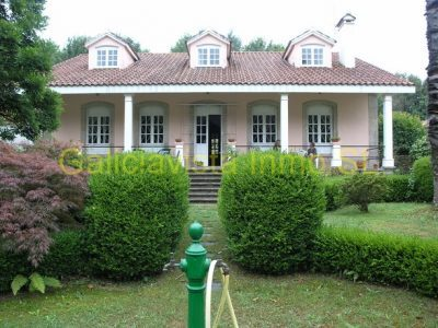 3 bedroom Country house for sale in Mugardos
