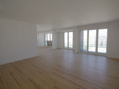 3 bedroom Apartment for sale in Lisbon
