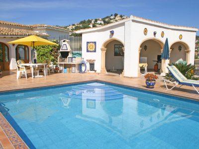 3 bedroom Villa to rent in Moraira