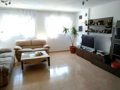4 bedroom Terraced house for sale in Oliva