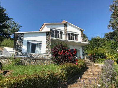 6 bedroom Country house for sale in Cedeira