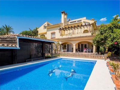 5 bedroom Town house for sale in Marbella