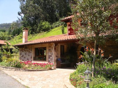 4 bedroom Country house for sale in Puente Viesgo