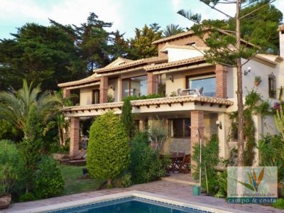 5 bedroom Villa for sale in Almunecar