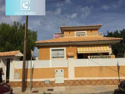 3 bedroom Villa for sale in Cabo De Palos