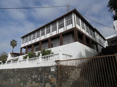 5 bedroom Villa for sale in Santa Ursula