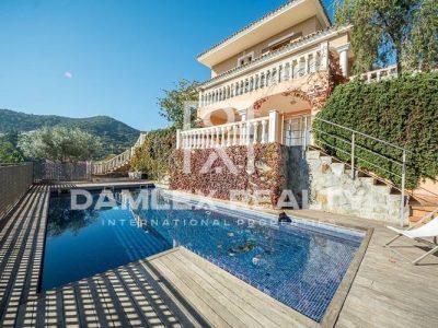 5 bedroom Villa for sale in Alella