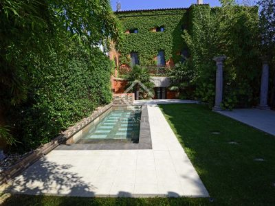 5 bedroom Villa for sale in Girona