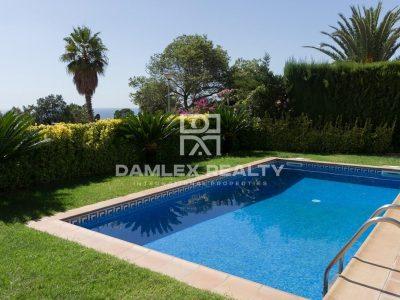 4 bedroom Villa for sale in Lloret De Mar