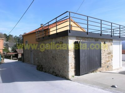 5 bedroom Village house for sale in Noia
