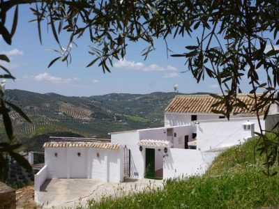 4 bedroom Country house for sale in Iznajar