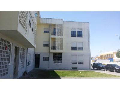 2 habitacions Apartament per llogar en Alter do Chão