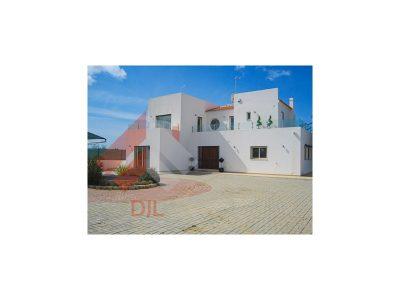 5 soverum Villa til salg i Albufeira