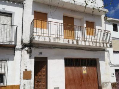 4 bedroom Village house for sale in Fuerte Del Rey