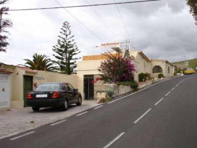 7 bedroom Commercial property for sale in Los Menores