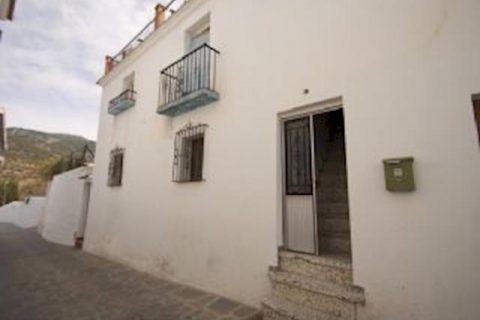 6 soverum Byhus til salg i Canillas De Albaida