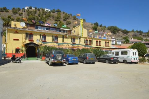 9 bedroom Commercial property for sale in Alora