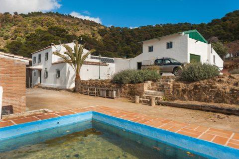 9 Schlafzimmer Finca zum Kaufen in Malaga