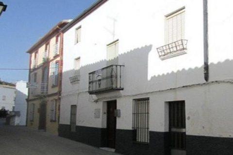 7 habitacions Casa en ciutat per vendre en Martos