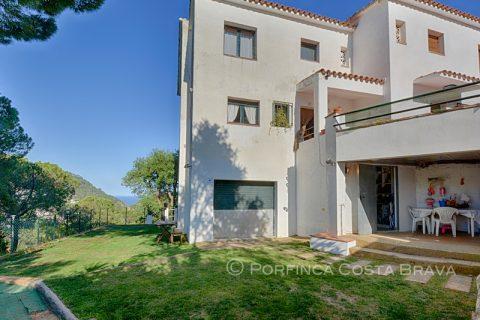 4 bedroom Terraced house for sale in Santa Cristina D'aro