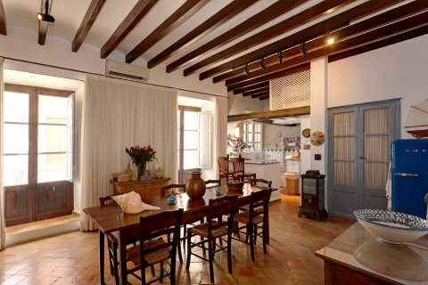 4 bedroom Town house for sale in Ibiza town