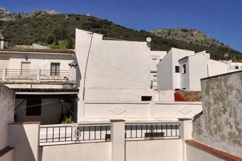 2 soverom Rekkehus til salgs i Cortes De La Frontera