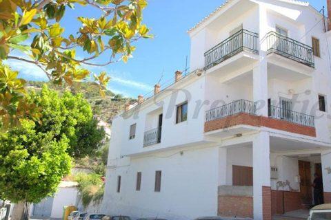 4 habitacions Casa en ciutat per vendre en Canillas De Aceituno