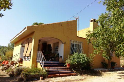 5 habitacions Casa al camp per vendre en Ontinyent