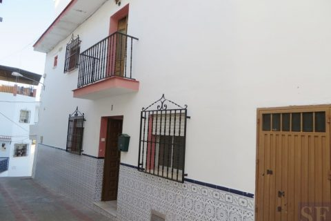 3 habitacions Casa en ciutat per vendre en Iznate