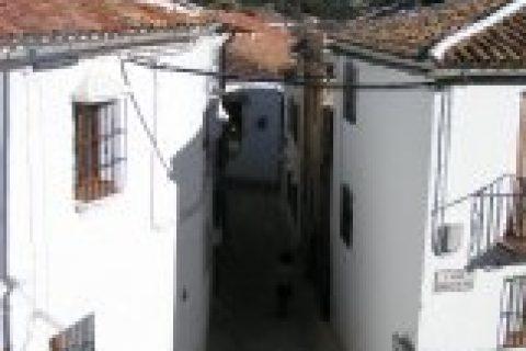 4 bedroom Town house for sale in Grazalema