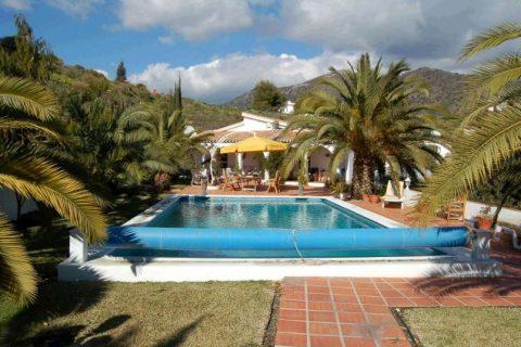 5 habitacions Bungalou per vendre en Competa