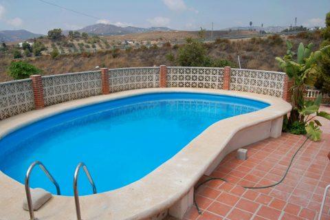 4 bedroom Villa to rent in Nerja