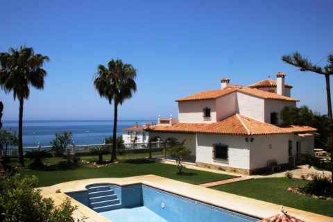 4 bedroom Village house for sale in Mezquitilla