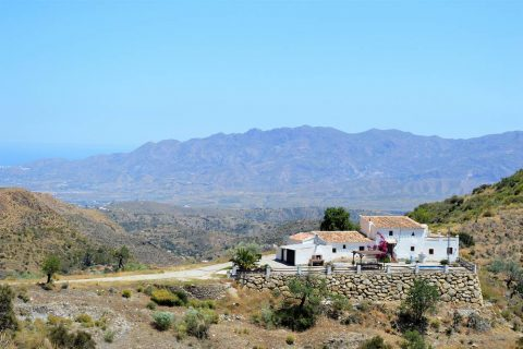 4 bedroom Cortijo for sale in Bedar
