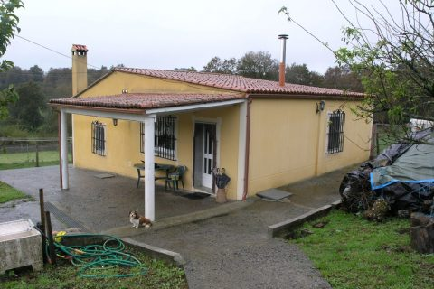 2 bedroom Farm house for sale in Sobrado