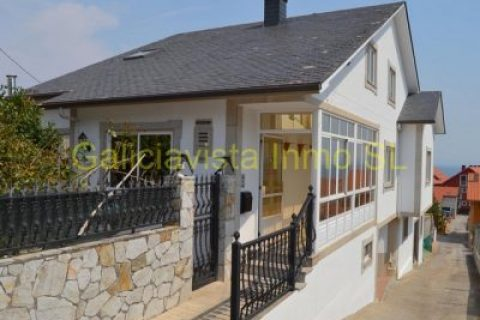 5 bedroom Town house for sale in Ribeira (Santa Uxia)