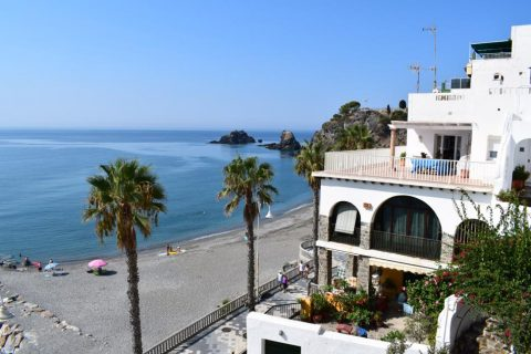 2 bedroom Apartment to rent in Almunecar