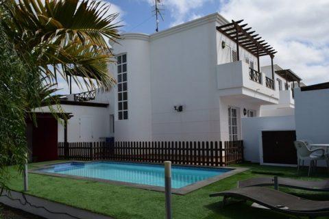 3 bedroom Villa for sale in Puerto Del Carmen