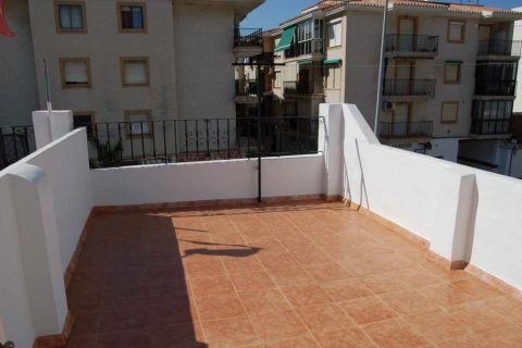 2 bedroom Town house to rent in Torrox