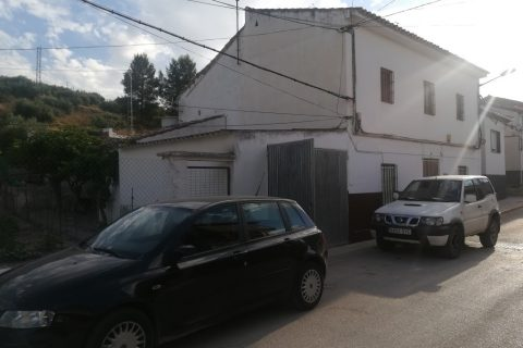 4 bedroom Village house for sale in Noguerones