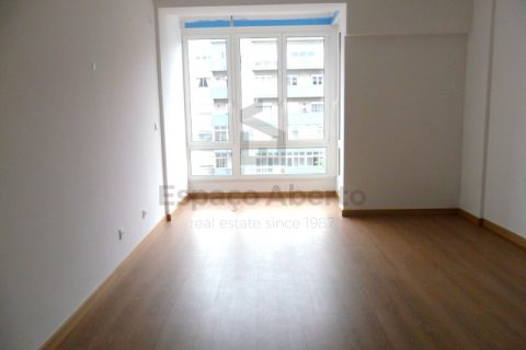 2 bedroom Apartment for sale in Alvalade
