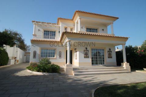 4 habitacions Masia per vendre en Loulé