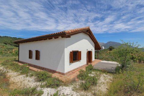 3 slaapkamers Villa te koop in Tolox