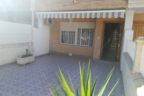 4 bedroom Duplex to rent in Los Alcazares