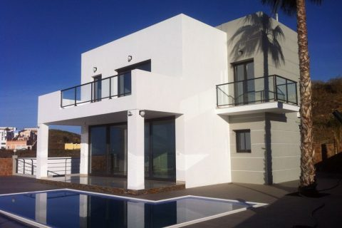 4 bedroom Villa to rent in Torrox