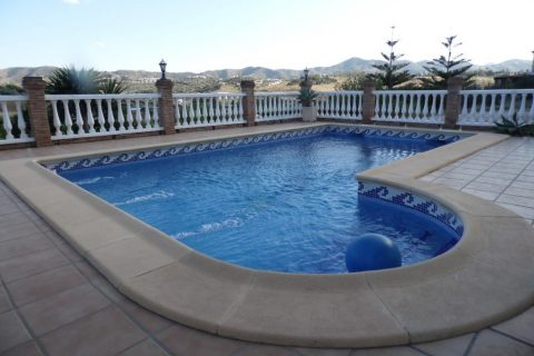 7 slaapkamers Villa te koop in Vinuela