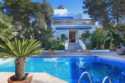 4 bedroom Villa for sale in Ibiza town