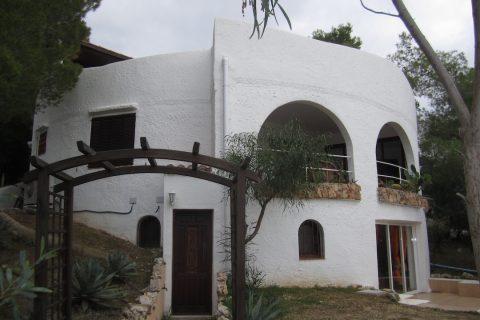 5 bedroom Villa for sale in San Antonio De Portmany